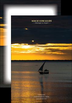maquette en ligne a personnaliser flyers sejours pirogue couche de soleil mer MLGI36914