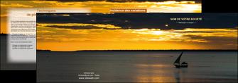 realiser depliant 2 volets  4 pages  sejours pirogue couche de soleil mer MLGI36930