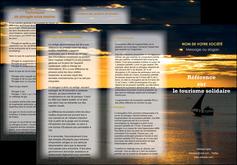 exemple depliant 3 volets  6 pages  sejours pirogue couche de soleil mer MLGI36940