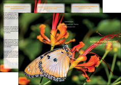 cree depliant 3 volets  6 pages  belle photo de papillon macro couleur MLGI36984