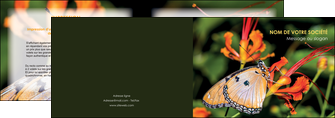 creation graphique en ligne depliant 2 volets  4 pages  belle photo de papillon macro couleur MLGI36998