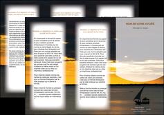 faire modele a imprimer depliant 3 volets  6 pages  sejours paysage mer pirogue MLGI37142