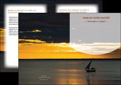 creation graphique en ligne depliant 2 volets  4 pages  sejours paysage mer pirogue MLGI37160