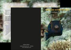 creation graphique en ligne depliant 2 volets  4 pages  animal poisson sous marine nature MIF40234