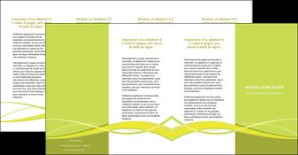 creation graphique en ligne depliant 4 volets  8 pages  espaces verts vert vert pastel fond vert MLGI58790