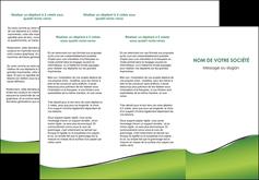 modele depliant 3 volets  6 pages  vert fond vert colore MIF59266