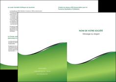 modele depliant 2 volets  4 pages  vert fond vert colore MIF59280