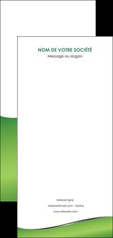 personnaliser maquette flyers vert fond vert colore MLGI59290