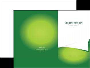 maquette en ligne a personnaliser pochette a rabat vert fond vert abstrait MIF64354
