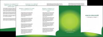 maquette en ligne a personnaliser depliant 4 volets  8 pages  vert fond vert abstrait MIF64384
