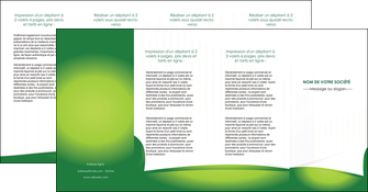 exemple depliant 4 volets  8 pages  vert fond vert abstrait MIF64388