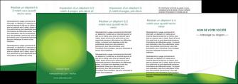 exemple depliant 4 volets  8 pages  vert fond vert abstrait MIF64390