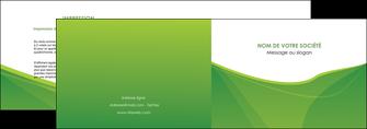 realiser depliant 2 volets  4 pages  espaces verts vert fond vert couleur MLGI67172