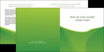 personnaliser modele de depliant 2 volets  4 pages  espaces verts vert fond vert couleur MLGI67186