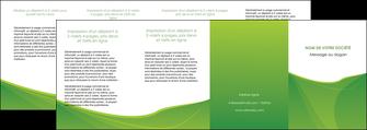 maquette en ligne a personnaliser depliant 4 volets  8 pages  espaces verts vert fond vert couleur MLGI67204