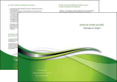 creation graphique en ligne depliant 2 volets  4 pages  web design vert fond vert verte MLGI73096