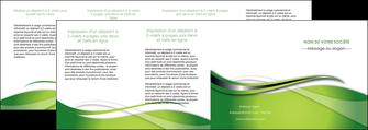 creer modele en ligne depliant 4 volets  8 pages  web design vert fond vert verte MLGI73104